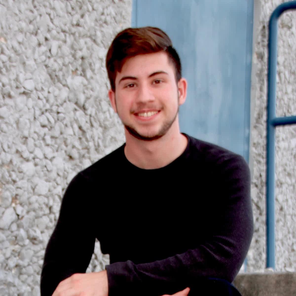 Logan M